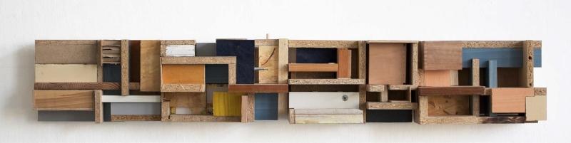 """Matthias Stuchtey, aus der Serie """"Restbauten II"""" (Detail), seit 2015, div. Holzwerkstoffe. Foto: gezett"""